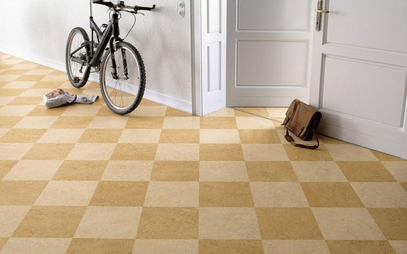linoleumboden flur beige