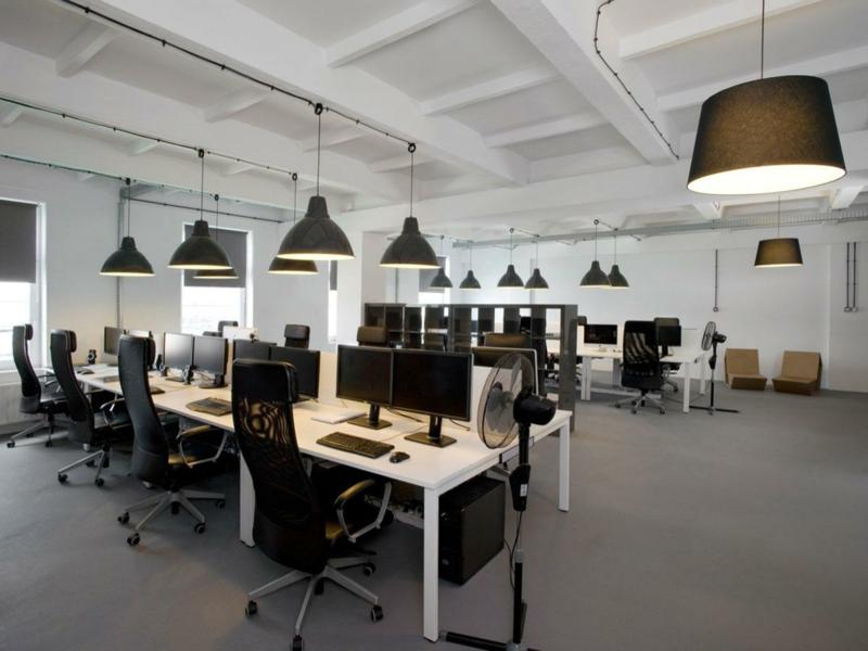 Raumgestaltung-office-viel-platz-resized