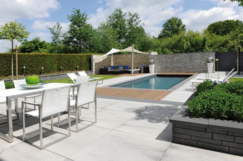 Pool selber bauen beton fliesen  Betonfliesen praktisch und modern - Bodenbeläge & Fliesen - ZENIDEEN