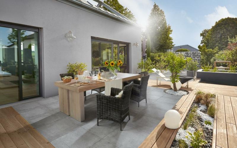 betonfliesen praktisch und modern bodenbel ge fliesen zenideen. Black Bedroom Furniture Sets. Home Design Ideas