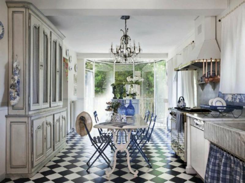 wohnideen für boden in der provence küche