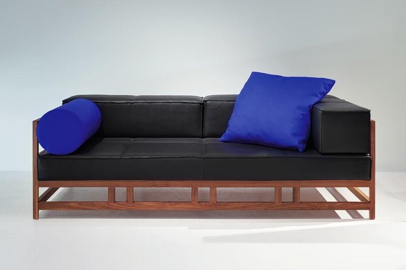 brühl-sofas-modell-easy-peaces-schwarz-blau