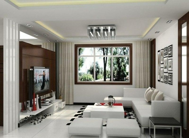 modernes Wohnzimmer mit braunen Akzenten