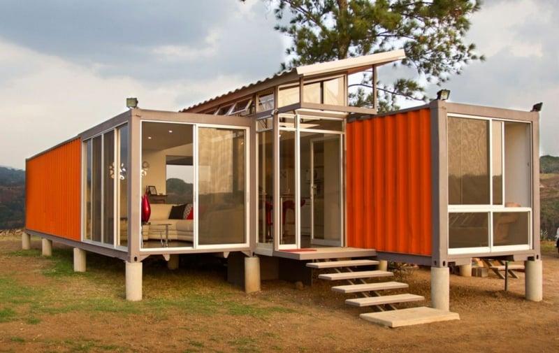 containerhaus Container der Hoffnung Benjamin Garcia Saxe Front