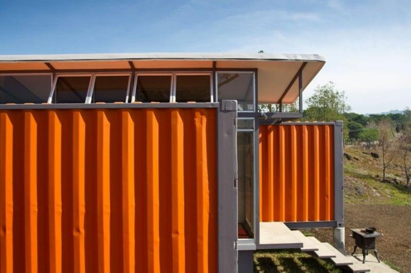 containerhaus Container der Hoffnung Benjamin Garcia Saxe näher