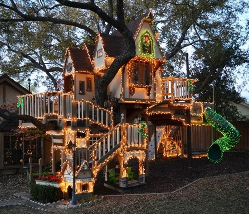 ein grosses und herrliches Baumhaus