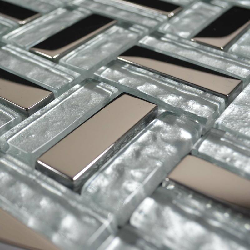 glasmosaik detail metaloptik