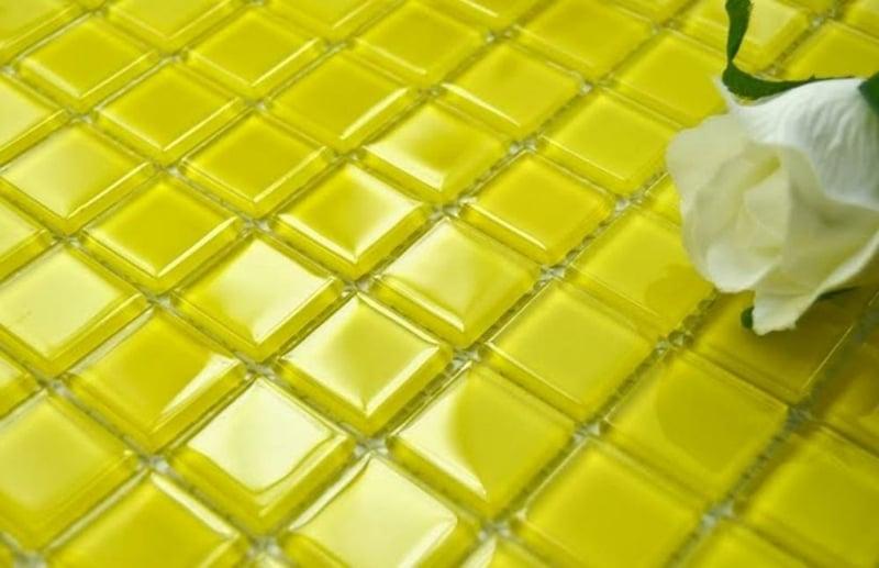 glasmosaik gelbe fliesen