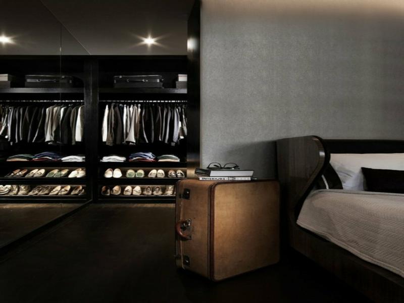 wohnidee für den offene kleiderschrank im schlafzimmer