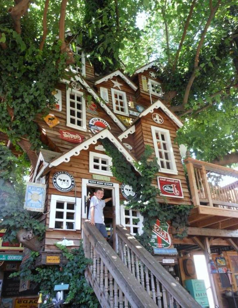 moderne Gartenhäuser märchenhaftes Baumhaus