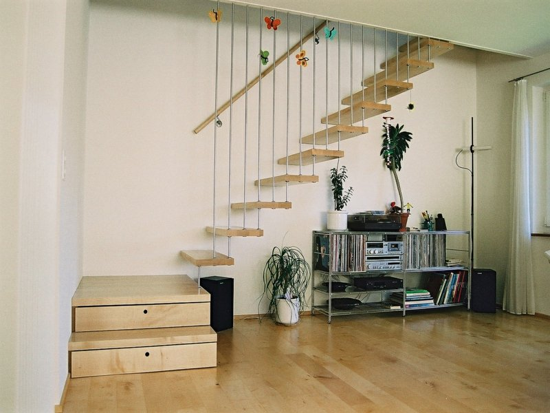 stereoanlage unter der treppe