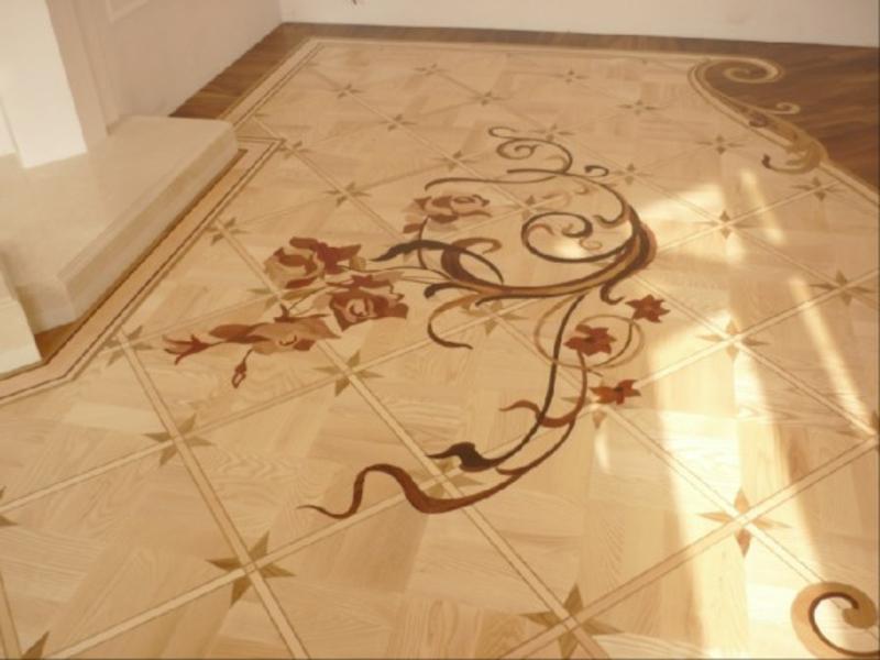 eine wundershöne dekoration auf dem parkettboden