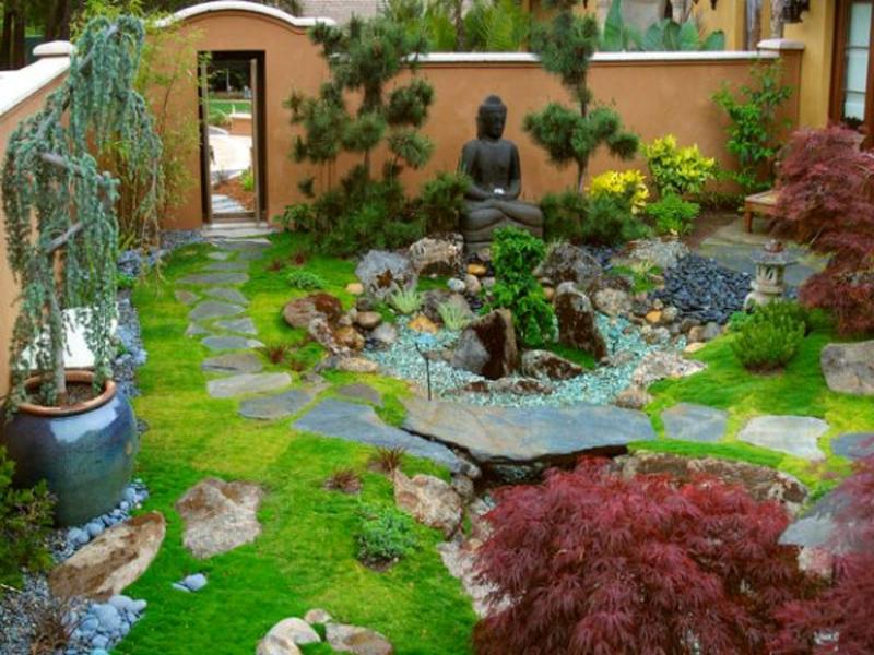 Es kann so ruhig im japanischen Garten sein