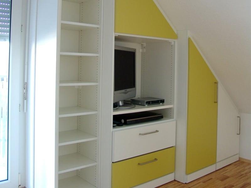 schrank dachschr ge praktische l sungen innendesign. Black Bedroom Furniture Sets. Home Design Ideas
