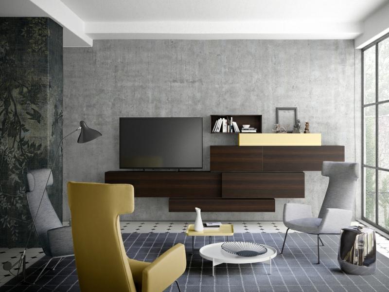 gelbes sessel im grauen wohnzimmer