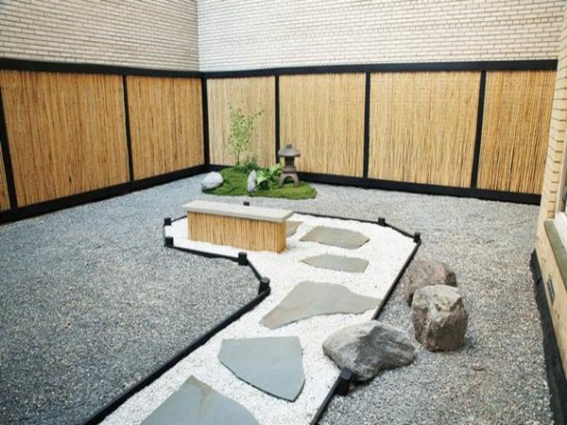 Japanischer Garten mit Steindeko