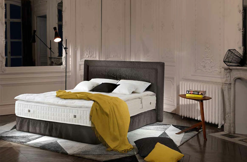 treca betten die tradition franz sischer modeh user m bel zenideen. Black Bedroom Furniture Sets. Home Design Ideas