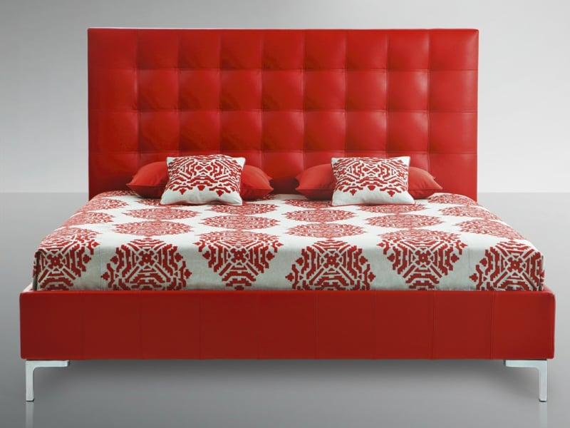 treca betten die tradition franz sischer modeh user m bel zenideen. Black Bedroom Furniture Sets. Home Design Ideas