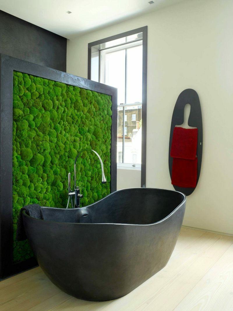 vertikaler garten ideen wanddeko dunkelgrau badewanne vertikal garten moos effektvoll
