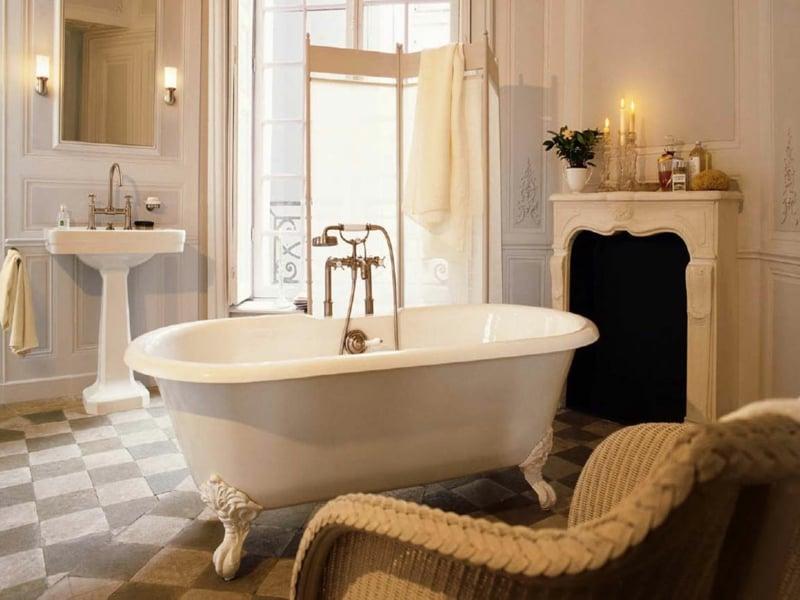 die badewanne als akzent