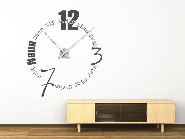 Die Worten können auch die Zeit zeigen im Innendesign