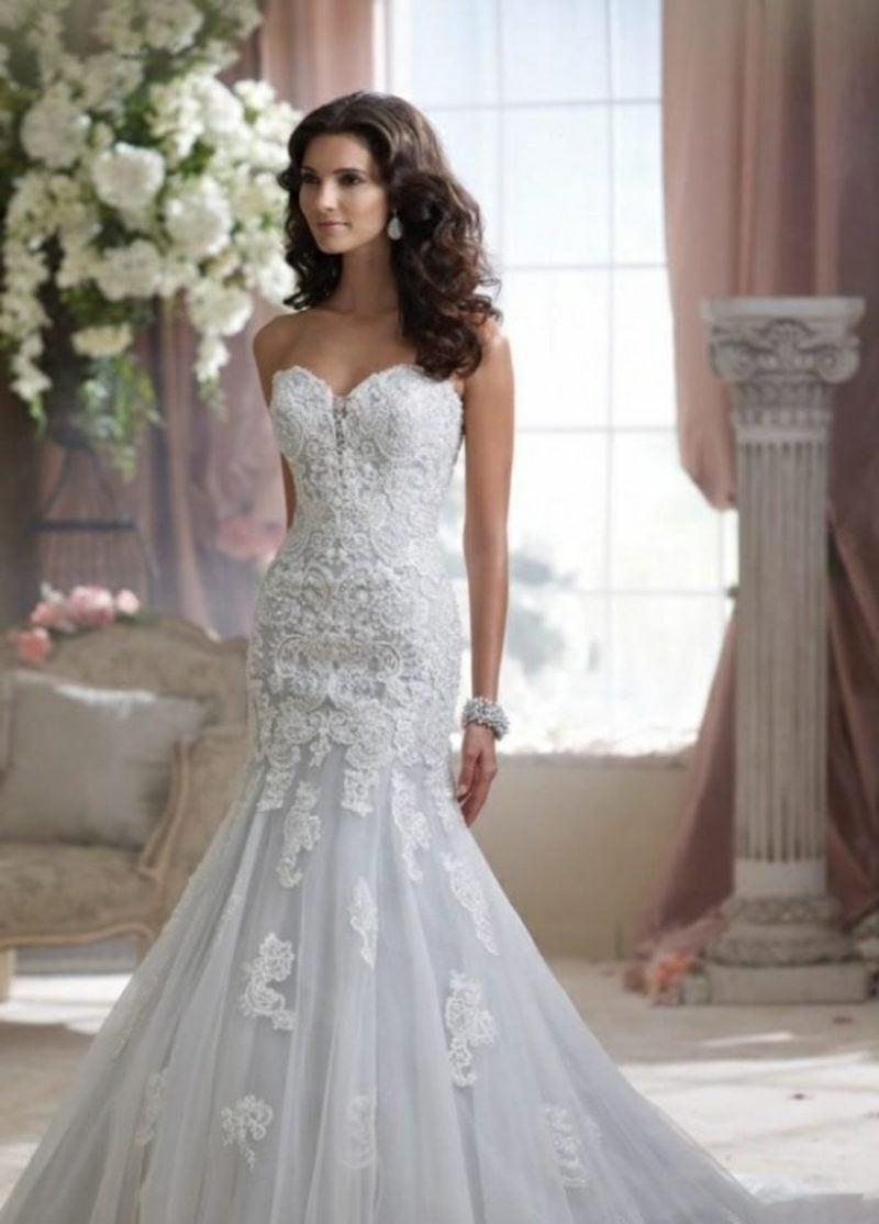 Brautmode elegantes Kleid mit Spitzen