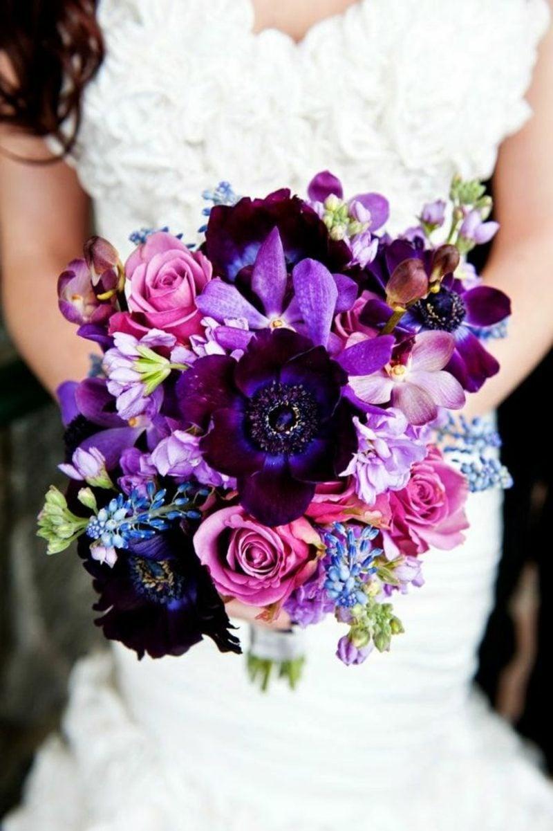 Hochzeitsstrauß in Lila
