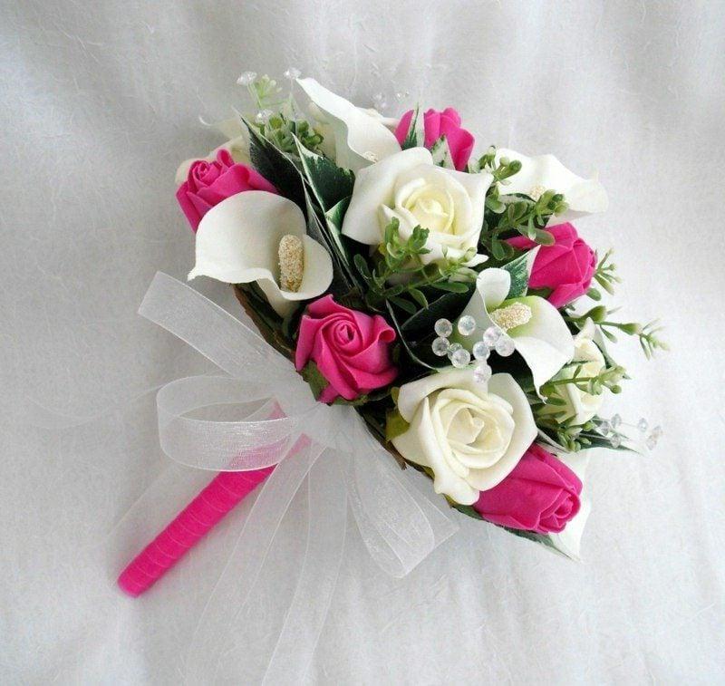Hochzeitsstrauß im Weiss und Rosa