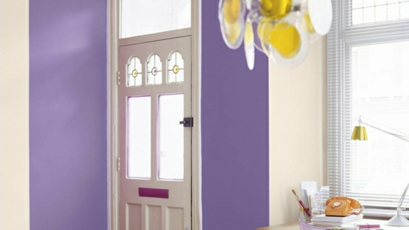40 ideen f r kreative farbgestaltung im flur. Black Bedroom Furniture Sets. Home Design Ideas