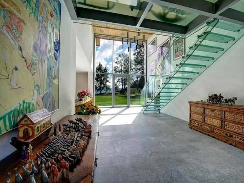 lange geradläufige moderne treppen