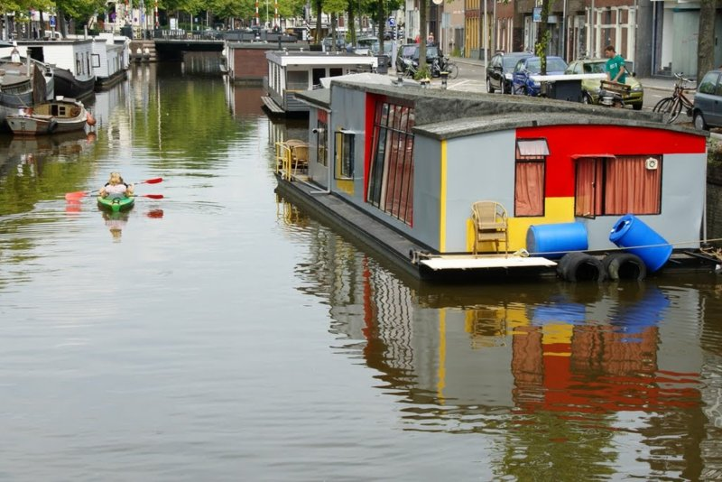 Hausboote an der Poelebrug, Groningen