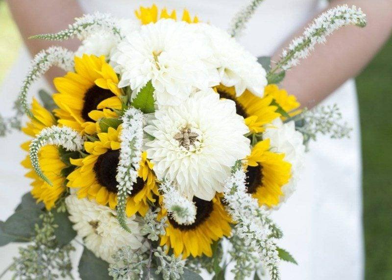 Brautstrauβ mit Sonnenblumen