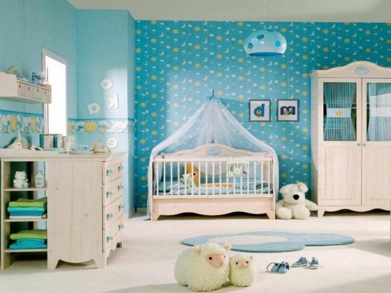 kleines schönes babyzimmer in blau
