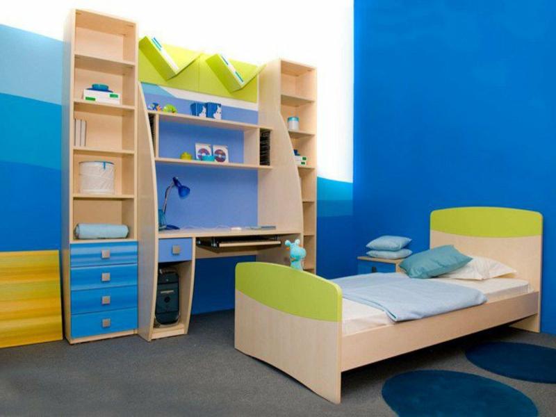 moderne blaunuancen im jungenzimmer