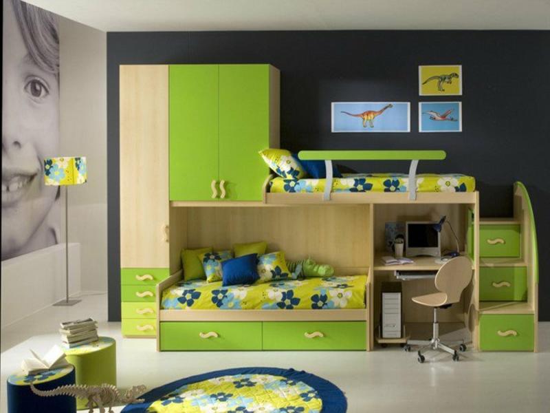gelle grüne farbe im jungenzimmer