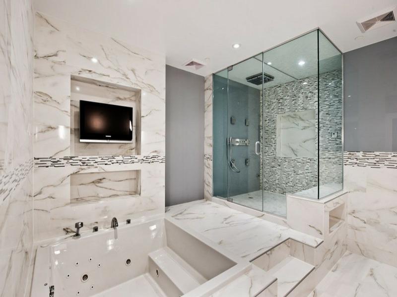 badideen für helle marmorfliesen