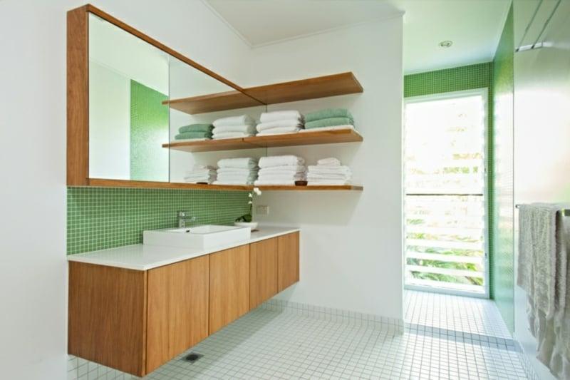 grüne Mosaikfliesen moderne Badgestaltung