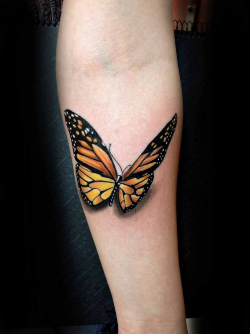 interessantes Schmetterling Tattoo Arm