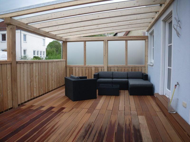 originelle Terrasse mit Glasdach