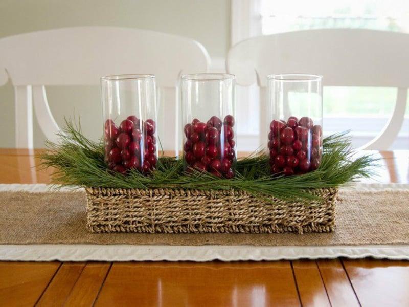 schöne klassische tischdekorationnen mit glas