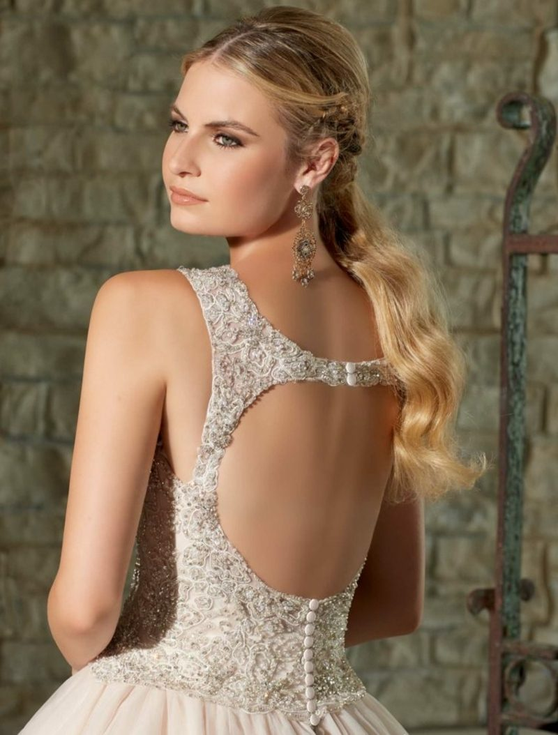 rückenfreies Brautkleid