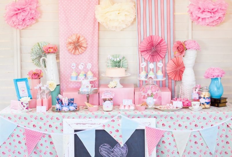 20 tolle ideen f r selbstgemachte babyparty deko deko feiern diy zenideen. Black Bedroom Furniture Sets. Home Design Ideas