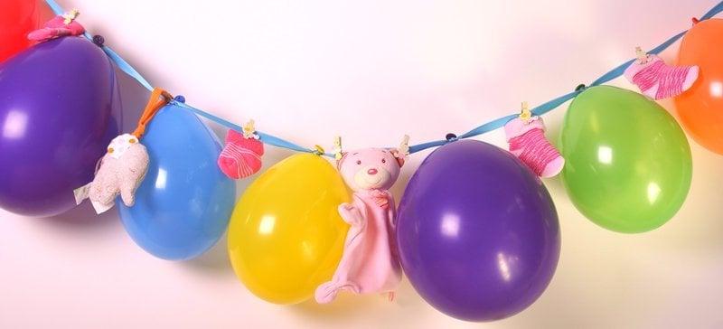 babyparty deko girlande ballons