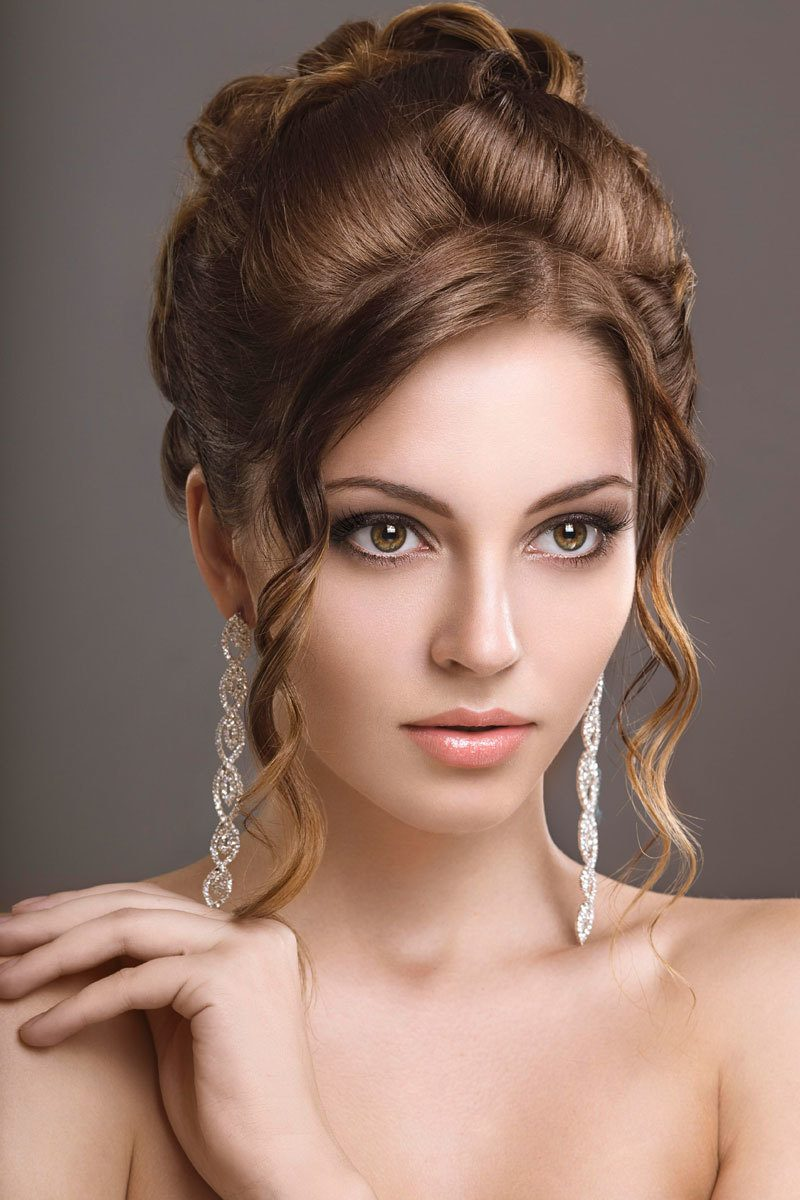 Einige Tipps Fur Perfekte Ballfrisuren Frisurentrends Zenideen