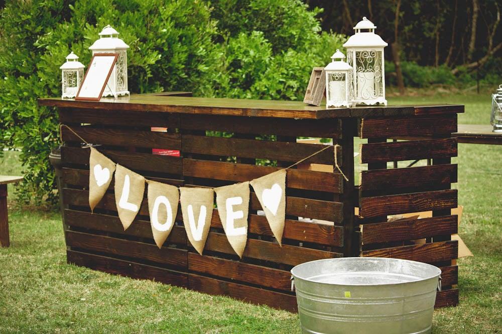 5 einfache schritte wie sie bartresen aus paletten selber bauen, Garten und erstellen