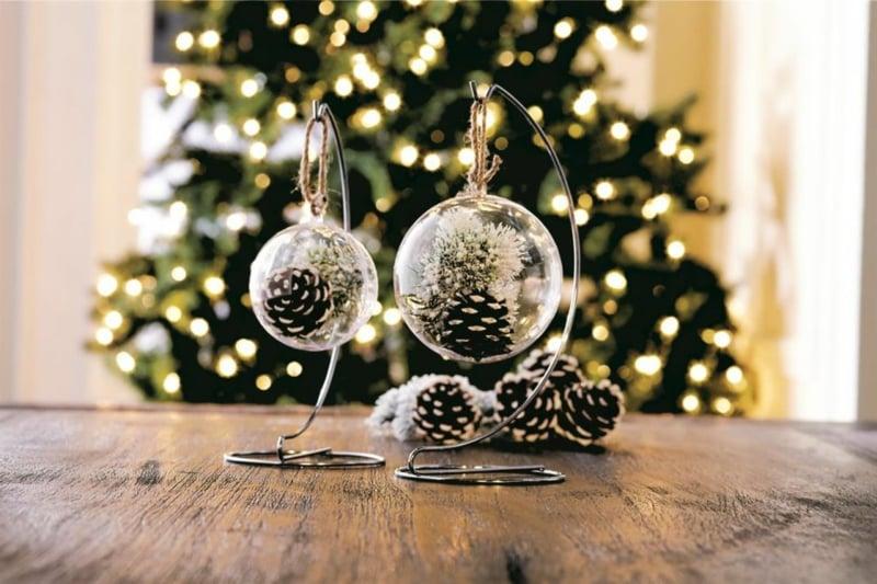 Basteln mit Tannenzapfen Weihnachtsdekoration