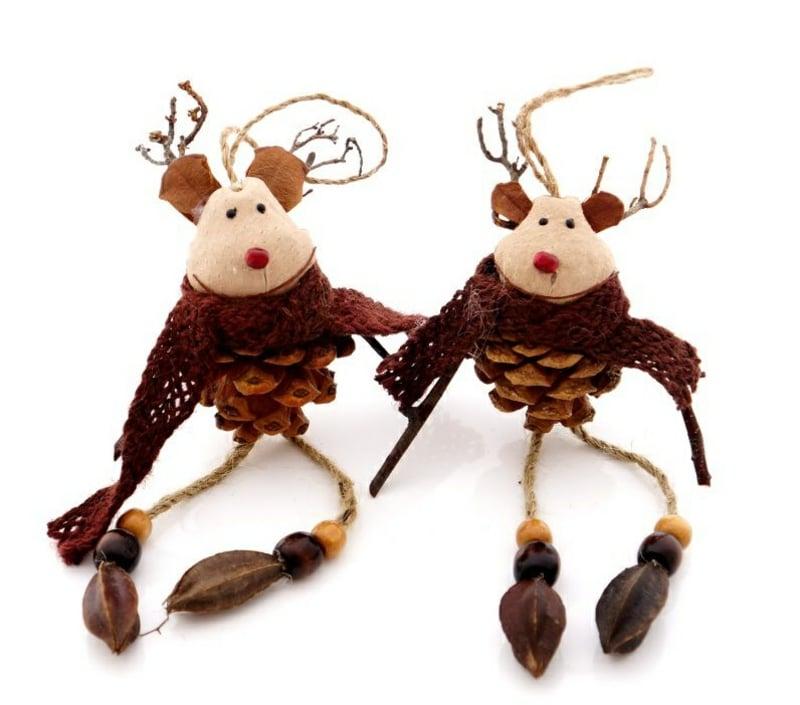 Basteln mit Tannenzapfen Weihnachtselch