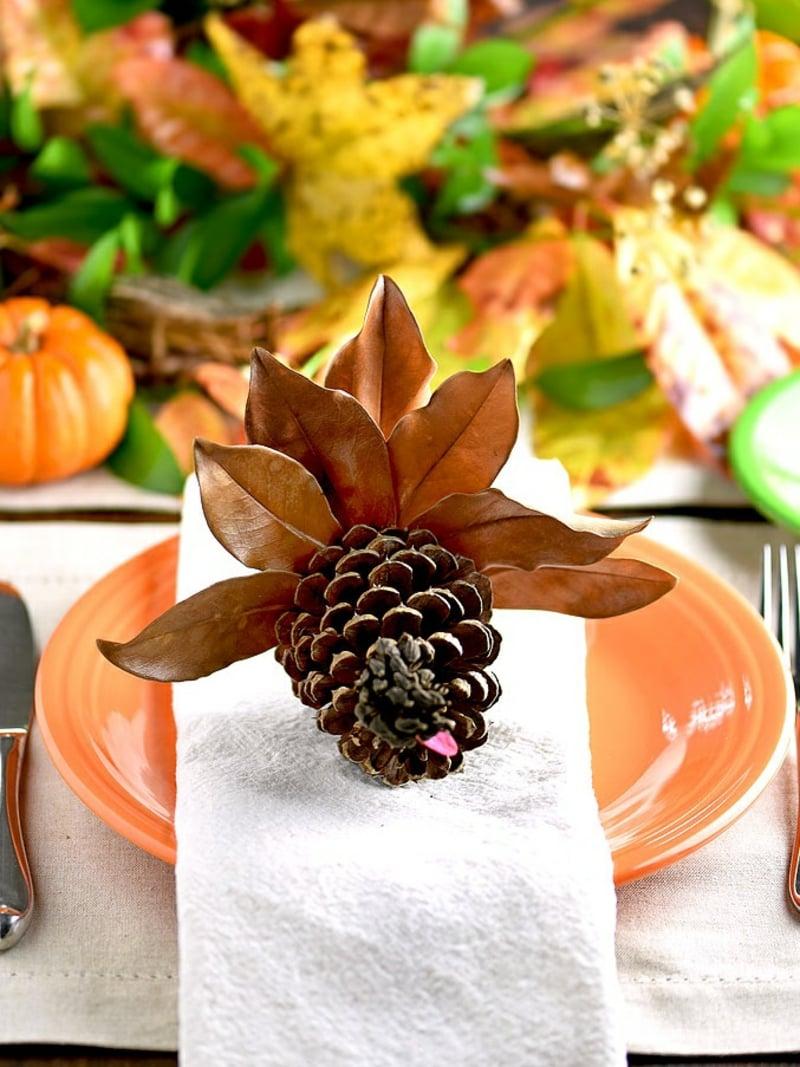 Basteln mit Tannenzapfen Tisch dekorieren