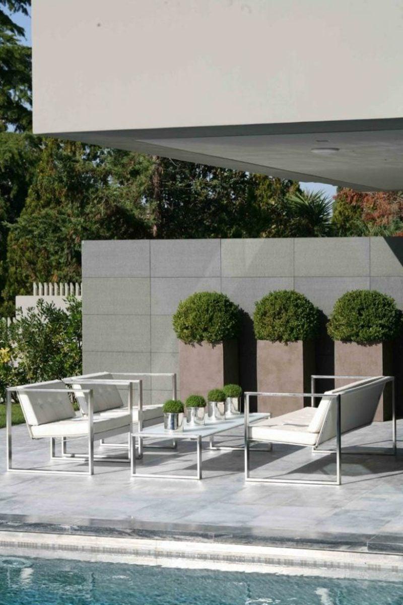 beton pflanzkübel Poolterrasse einrichten