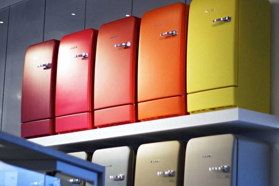 Retro Kühlschrank Oranier : Der bosch retro kühlschrank gibt ihrer küche einen charmanten